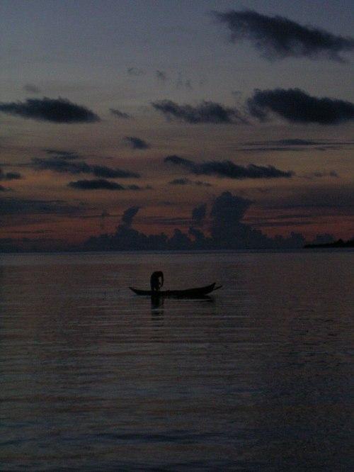 Sore hari di pesisir desa Salugima, Mentawai. (dok.sulung prasetyo)