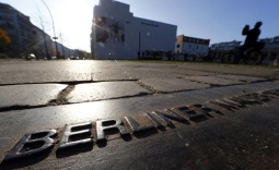 25 tahun tembok berlin_al jazeera
