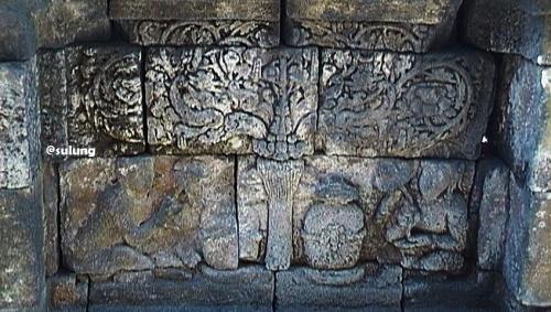 relief sesaji borobudur